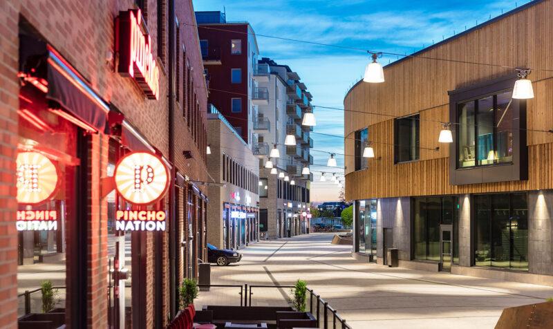 Bild på belysning utanför Gränby centrum