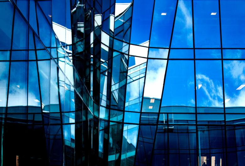 Glaspartier på Jarlahuset