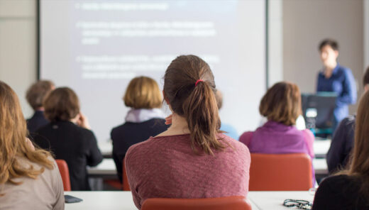 personer i en föreläsningssal