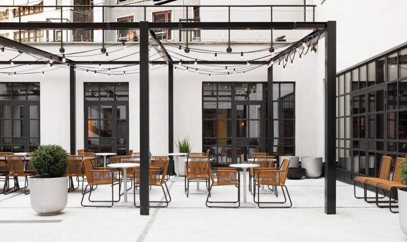 innergård på Blique by Nobis